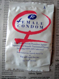 Condoms_square_dispenser004_edite_3
